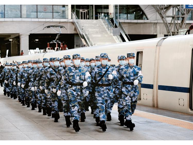 人民军队坚决落实习主席重要指示全力投入疫情防控纪实